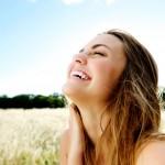 化粧崩れも改善!「顔の産毛」の正しい処理方法と注意ポイント